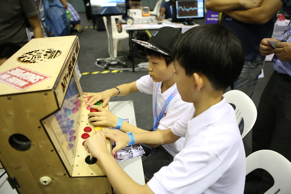 Making a mark at Maker Faire